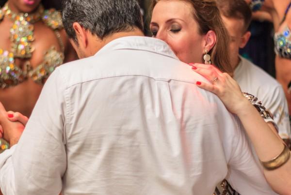 Leve uma Escola de Samba Para o Seu Casamento